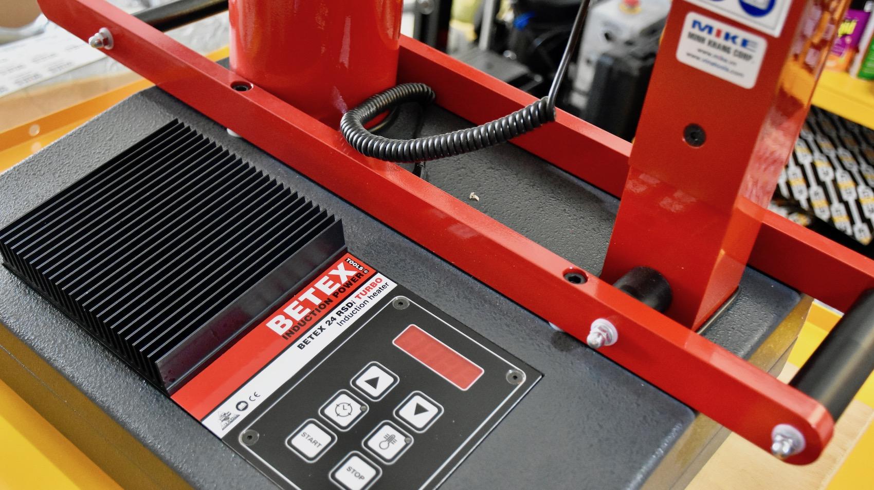 BETEX 24 RSDi Turbo. Máy gia nhiệt bạc đạn.